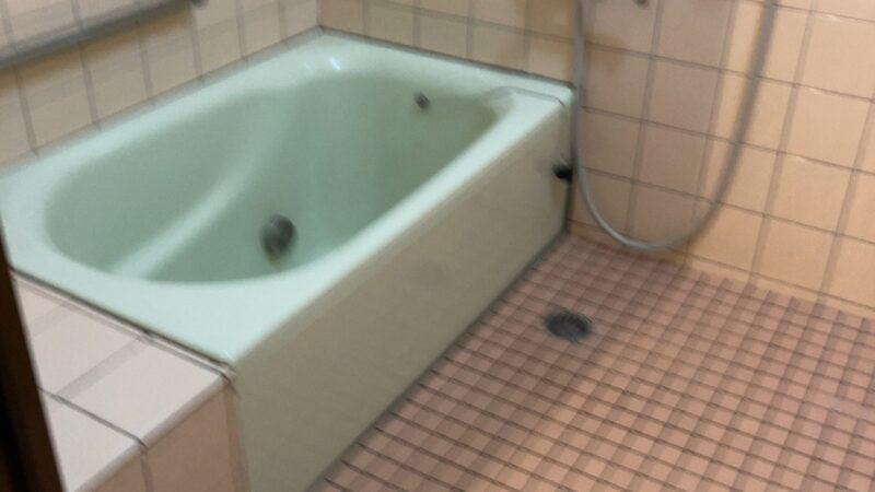 お風呂が寒い~! タイル張り在来工法浴室からユニットバスにリフォーム 寝屋川市