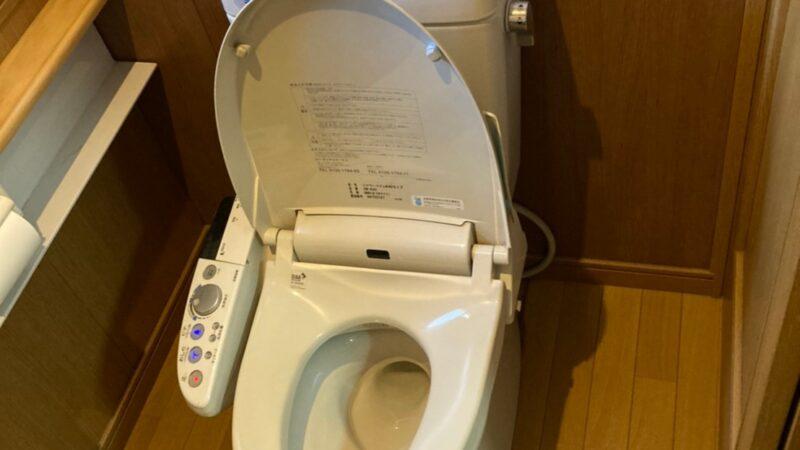 トイレ洗浄便座から水が漏れる 便器取替工事 寝屋川市